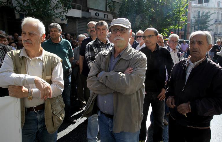 20 και 23 Δεκεμβρίου η καταβολή των συντάξεων Ιανουαρίου ανακοίνωσε το υπουργείο Εργασίας | tanea.gr