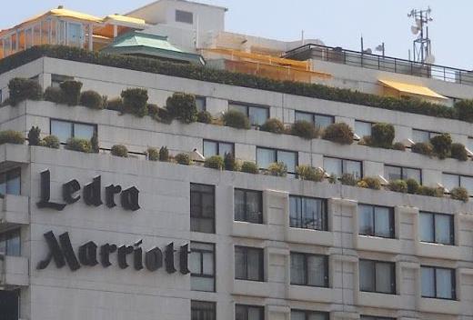 Και το όνομα αυτού... Athens Ledra Hotel   tanea.gr