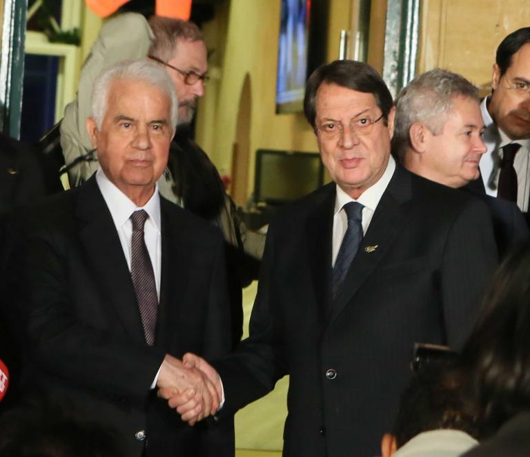 Προχωρούν οι συνομιλίες για το Κυπριακό υπό την πίεση του ΟΗΕ | tanea.gr