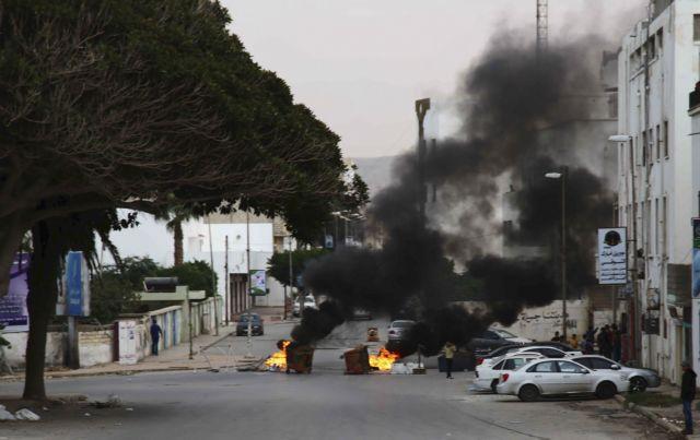 Λιβύη: Τουλάχιστον επτά νεκροί από επίθεση αυτοκτονίας στη Βεγγάζη   tanea.gr