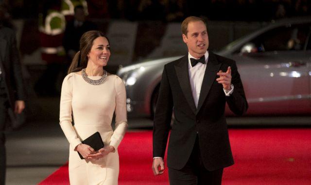 Σκάνδαλο: Υπέκλεπταν μηνύματα του πρίγκιπα Ουίλιαμ προς την Κέιτ Μίντλτον | tanea.gr