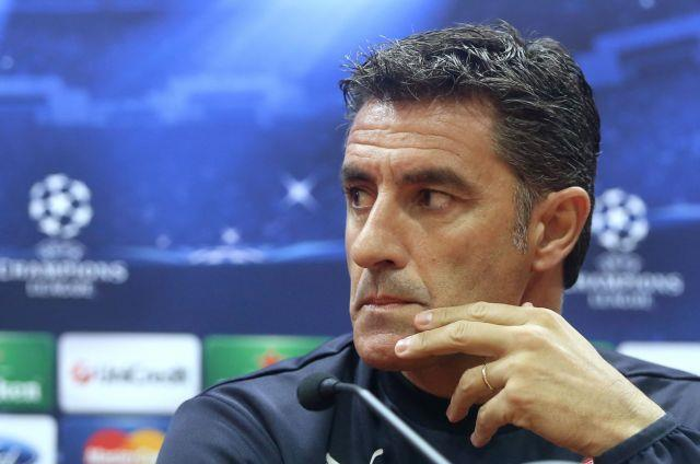 Μίτσελ: «Δεν περιμένουμε δώρα από κανέναν, οι παίκτες μου θα λάμψουν σαν αστέρια»   tanea.gr