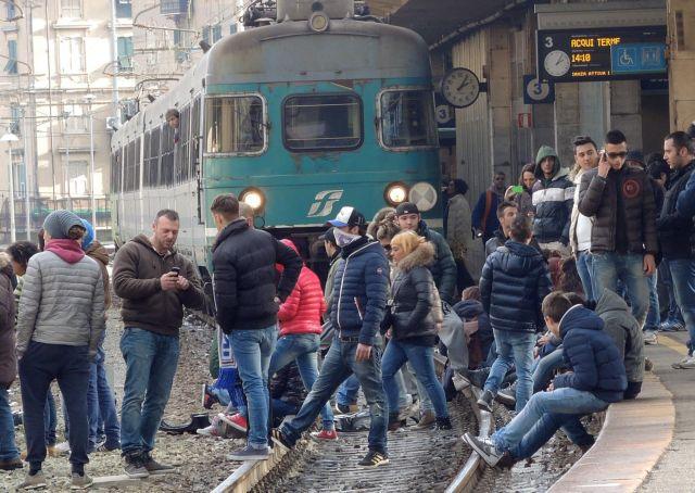 Η Ιταλία της κρίσης: €130 δισ. φοροδιαφυγή ετησίως, 1 εκατ. παιδιά ζουν σε απόλυτη ένδεια | tanea.gr