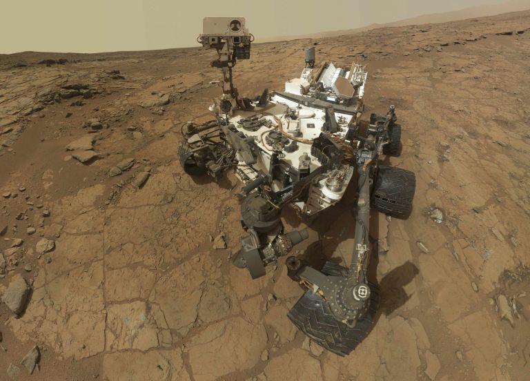 Αρχαία λίμνη που θα μπορούσε να φιλοξενήσει έμβια όντα ανακάλυψε στον Αρη το Curiosity | tanea.gr