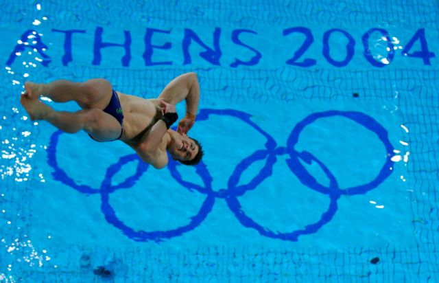 «Λουκέτο» στα κολυμβητήρια χωρίς άδειες!   tanea.gr