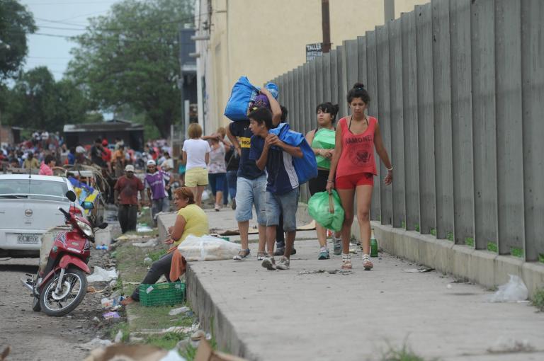 Αργεντινή: 12μελής οικογένεια χωρίς ρεύμα δηλητηριάστηκε από μονοξείδιο του άνθρακα   tanea.gr