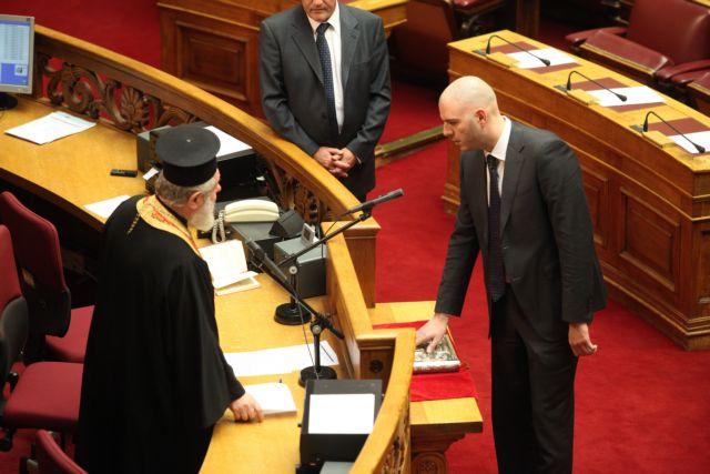 Παραιτήθηκε ο βουλευτής Παύλος Σιούφας για  λόγους υγείας   tanea.gr