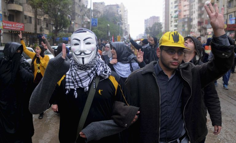 Τον Ιανουάριο το δημοψήφισμα για το «χακί» Σύνταγμα της Αιγύπτου | tanea.gr