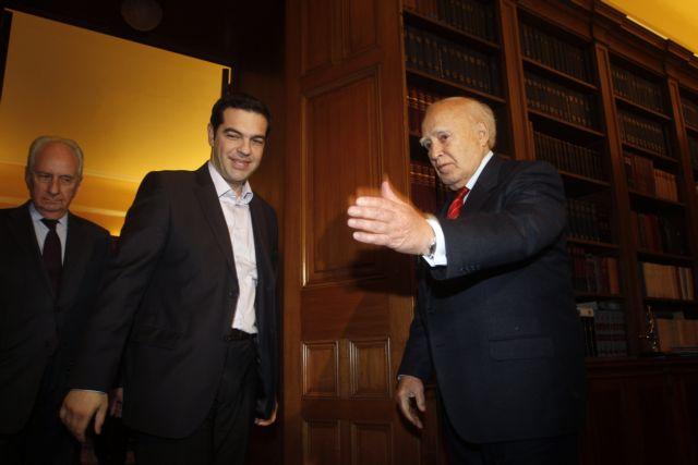 Συγχαρητήρια Παπούλια σε Τσίπρα για την υποψηφιότητά του στην Κομισιόν   tanea.gr