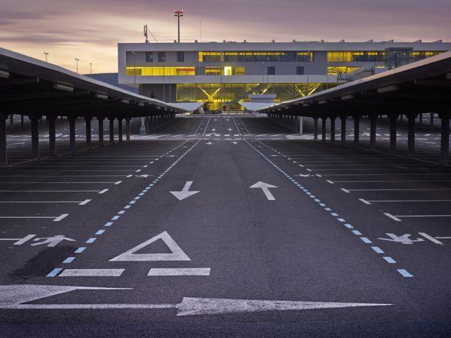 [Η ιστορία της ημέρας] Η Ισπανία «σκοτώνει» το μεγαλύτερο αεροδρόμιό της   tanea.gr