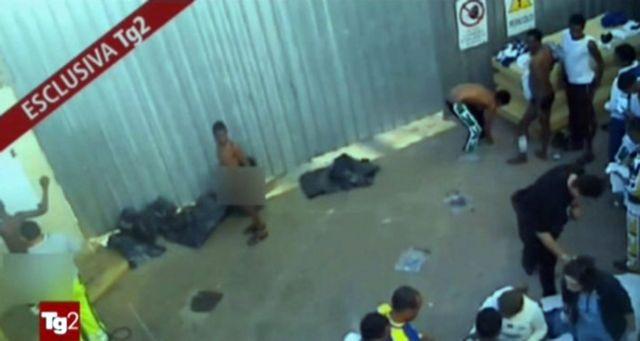 Εκκενώθηκε το κέντρο κράτησης μεταναστών στη Λαμπεντούζα   tanea.gr