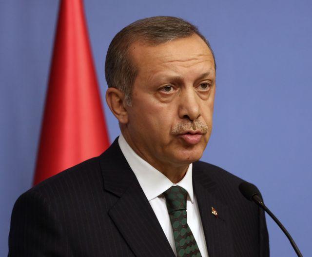 «Βρώμικη επιχείρηση» κατά της κυβέρνησης οι συλλήψεις, λέει ο Ερντογάν | tanea.gr