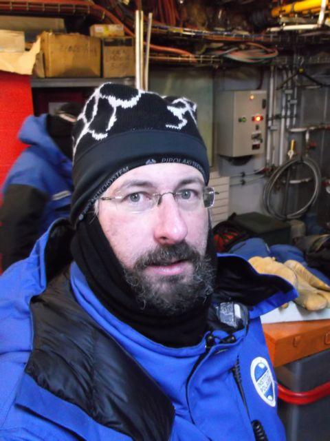 Ο γιατρός που γύρισε απ' το κρύο! | tanea.gr