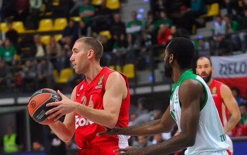 Στο 23-0 έφτασε το αήττητο σερί της ομάδας μπάσκετ του Ολυμπιακού μετά τη νίκη στην Πολωνία | tanea.gr