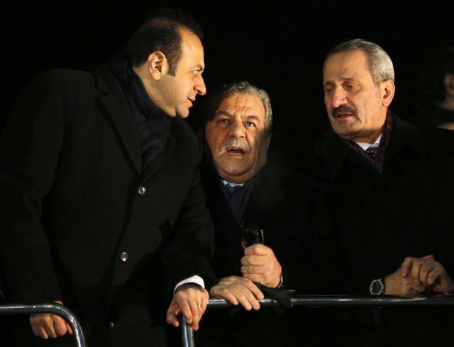 Η διαφθορά κλονίζει την κυβέρνηση Ερντογάν: Παραιτήθηκαν τρεις υπουργοί την Τετάρτη | tanea.gr