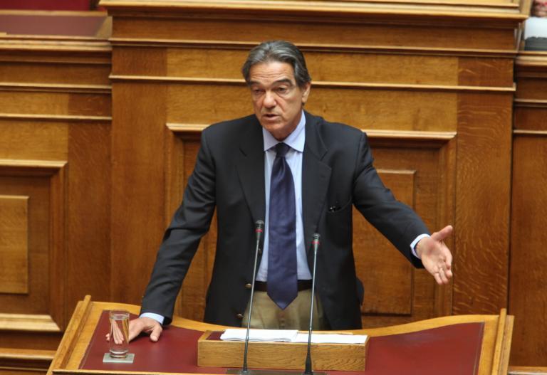 Ανοιχτό άφησε το ενδεχόμενο να καταψηφίσει φόρο ακινήτων και άρση πλειστηριασμών ο Σηφουνάκης | tanea.gr
