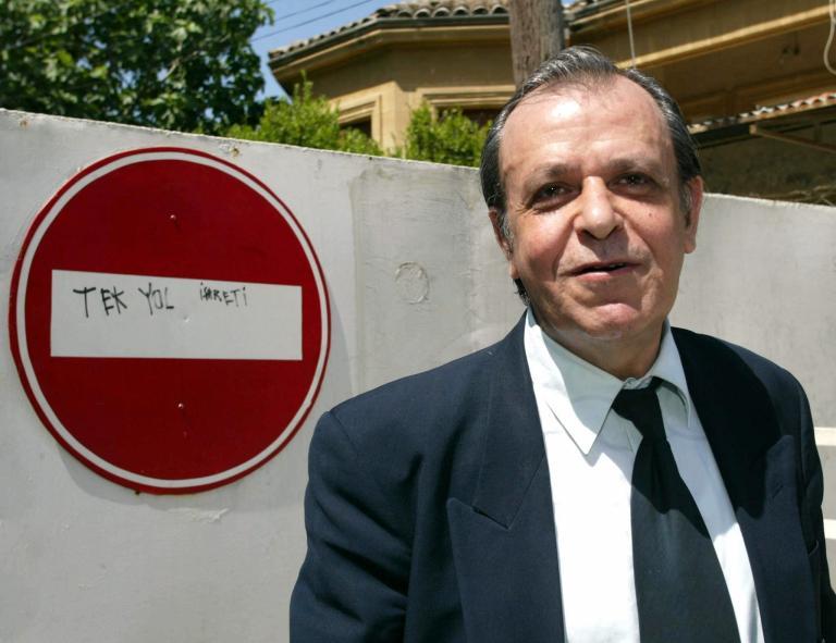 Ο τουρκοκύπριος δημοσιογράφος Σενέρ Λεβέντ υποψήφιος στις ευρωεκλογές | tanea.gr