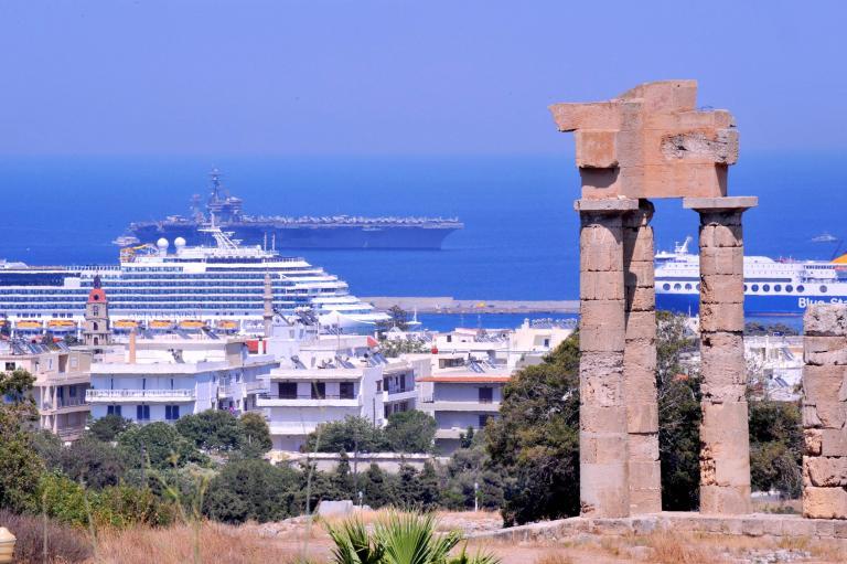 Το Πρωτοδικείο Αθηνών έκρινε παράνομη την απόλυση εργαζόμενου, που αρνήθηκε μείωση αποδοχών   tanea.gr