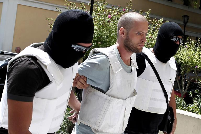 Την ενοχή του Θεοφίλου για την αιματηρή ληστεία της Πάρου ζήτησε η εισαγγελέας | tanea.gr