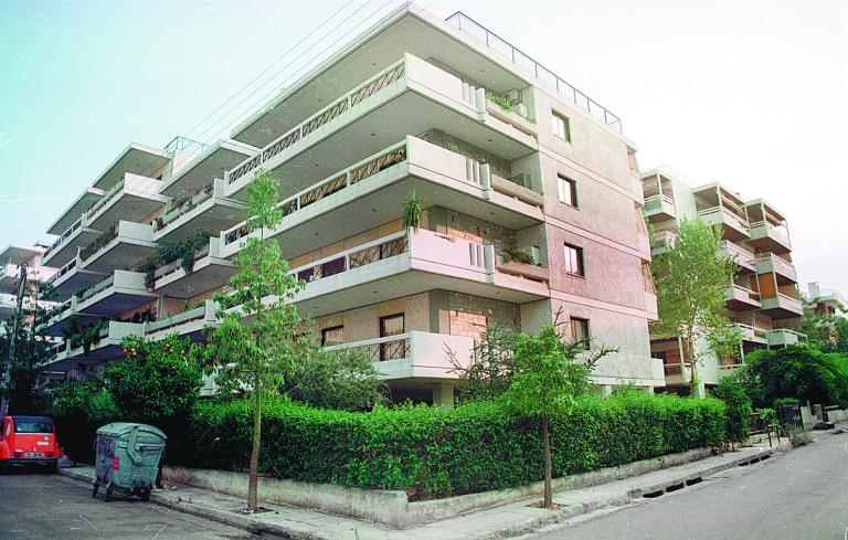 Από 100 έως 5.300 ευρώ τα «χαράτσια» των ελεγκτών δόμησης | tanea.gr