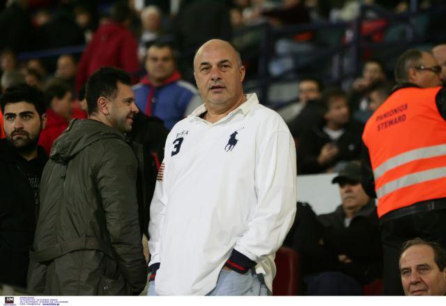 Αχιλλέας Μπέος: Τσίπουρα, στημένα ματς και όνειρα για το δημαρχιλίκι   tanea.gr