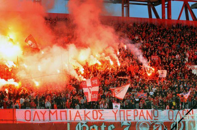 Ανοιχτή η Θύρα 7, κλειστές οι Θύρες 3, 4 στο Καραϊσκάκης στο ματς Ολυμπιακού - Μάντσεστερ Γιουν.   tanea.gr
