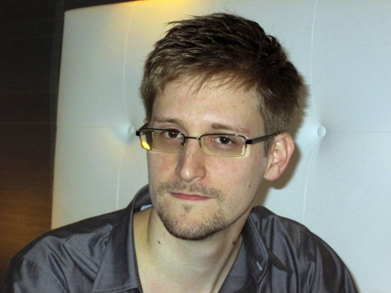 Αμερικανοί βουλευτές υποστηρίζουν ότι ο Σνόουντεν είχε βοήθεια από τη Ρωσία για να κλέψει την NSA | tanea.gr