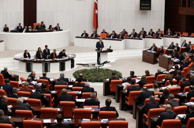 Τουρκία: Νέα παραίτηση κυβερνητικού βουλευτή - οκτώ έχουν εγκαταλείψει τον Ερντογάν | tanea.gr