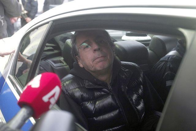 Στη Δικαιοσύνη κατά του Λιάπη ο δήμος Καρπενησίου: Δεν δήλωνε τα πραγματικά τ.μ. του ξενώνα | tanea.gr