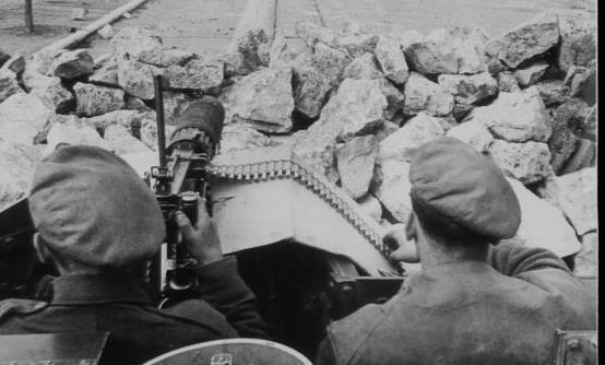 Χρονιές που σφράγισαν την Ελλάδα - 1944: Ο Εμφύλιος είχε αρχίσει πριν από τα Δεκεμβριανά | tanea.gr