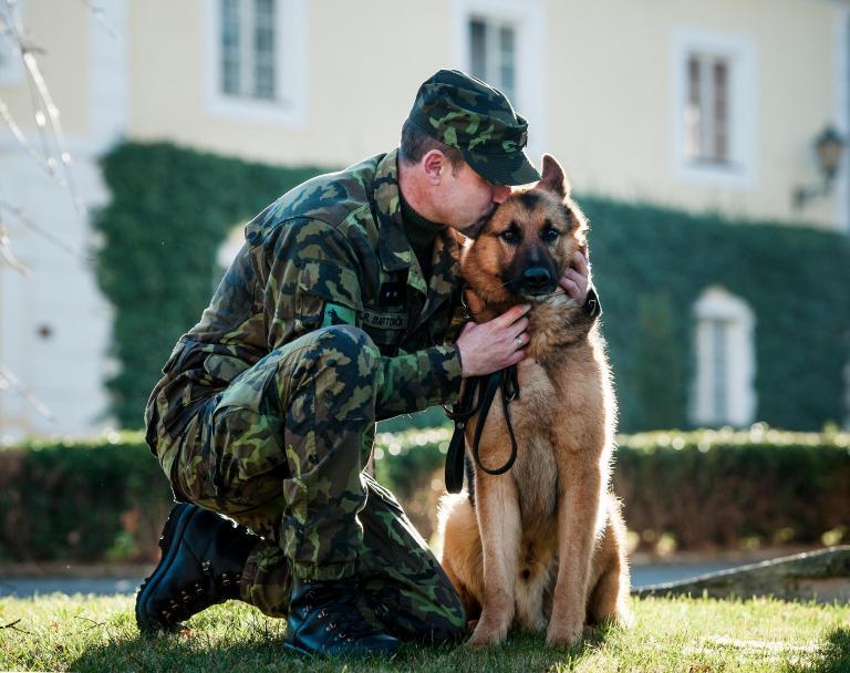 Μειώθηκε ο αριθμός των επιθέσεων σεξουαλικού χαρακτήρα στις στρατιωτικές σχολές των ΗΠΑ | tanea.gr