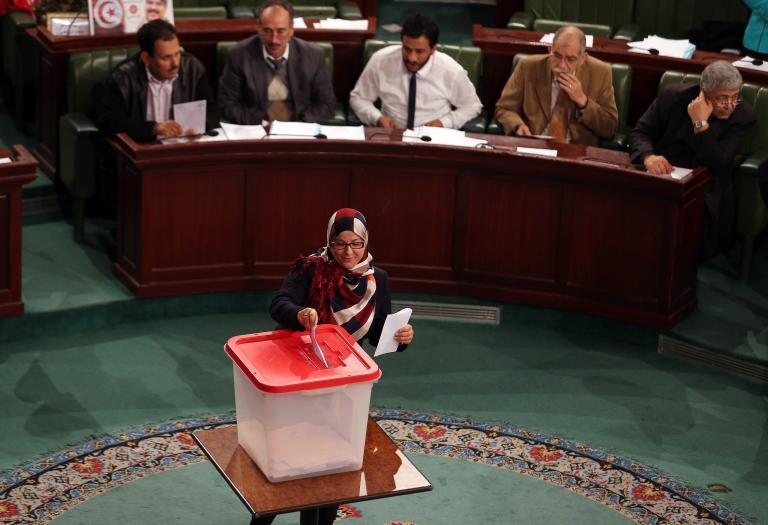 Πρόοδος στην Τυνησία: Εισάγεται η ισότητα ανδρών και γυναικών στις... μελλοντικές εθνοσυνελεύσεις! | tanea.gr