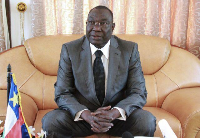 Παραιτήθηκε ο μεταβατικός πρόεδρος της Κεντροαφρικανικής Δημοκρατίας   tanea.gr