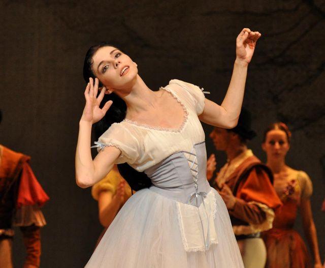 Το νέο αστέρι του μπαλέτου χορεύει στο Λονδίνο   tanea.gr