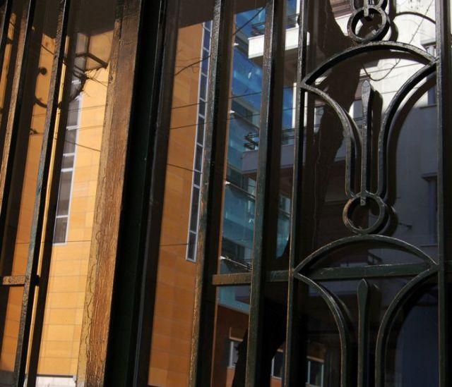 Ανοίγοντας πόρτες στην αρ ντεκό   tanea.gr
