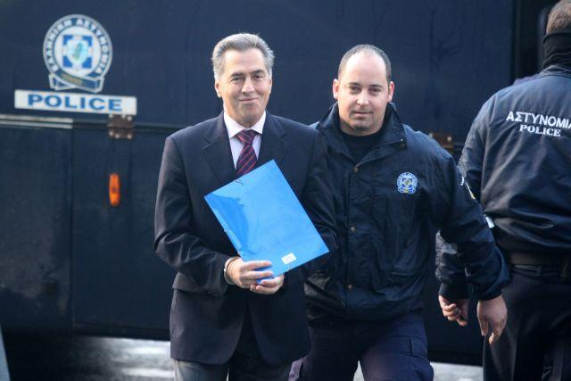 Δίκη Παπαγεωργόπουλου: Συνεχίζεται η κατάθεση της οικονομικής επιθεωρήτριας Αναστασίας Τσεμπερά | tanea.gr