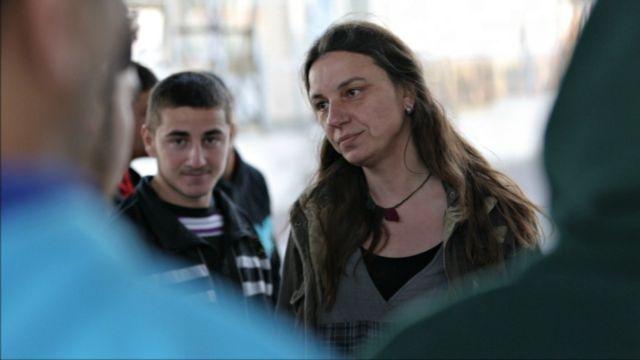 «Τους κρατουμένους να τους κοιτάς ευθεία, στα μάτια. Οχι αφ' υψηλού» | tanea.gr