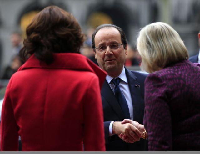 «Ο Ολάντ είναι ένας κατά συρροήν άπιστος», λέει ο συγγραφέας του «Πολιτικοί στο ντιβάνι»   tanea.gr