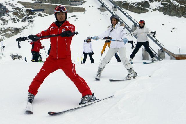 [H ιστορία  της ημέρας] Εκπαιδευτές του σκι που μιλούν κινεζικά απέκτησε το Νταβός | tanea.gr