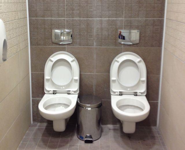 Σότσι 2014: Δυο - δυο στην τουαλέτα!   tanea.gr