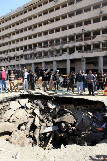 Μπαράζ εκρήξεων συγκλόνισε το Κάιρο | tanea.gr