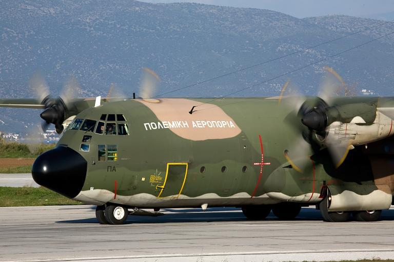 Αεροσκάφος C-130 της Πολεμικής Αεροπορίας μετέφερε 50χρονο στη Ρώμη για να υποβληθεί σε μεταμόσχευση ήπατος | tanea.gr