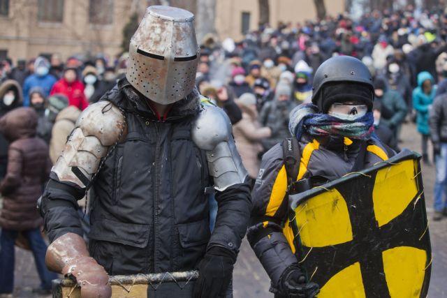 Οι «ιππότες» του ουκρανικού χειμώνα | tanea.gr