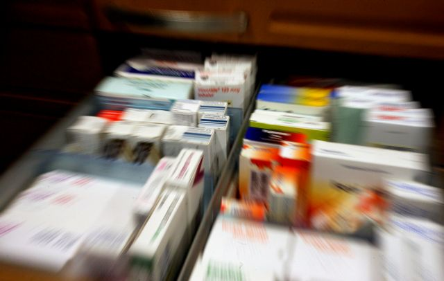 Μετωπική για τα φάρμακα | tanea.gr
