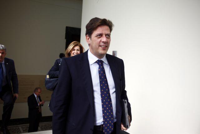 Βαρβιτσιώτης: «Η βίαιη εισβολή δεν συνιστά πολιτική πράξη» | tanea.gr