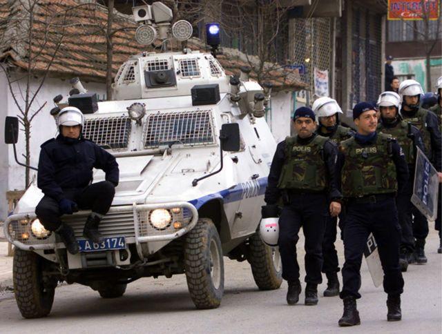 Τουρκία: Ευρεία επιχείρηση κατά της Αλ Κάιντα   tanea.gr