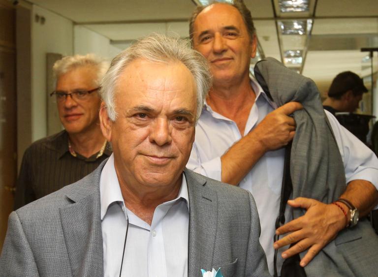ΣΥΡΙΖΑ: «Υπό δημόσιο έλεγχο να τεθούν οι τράπεζες που ανακεφαλαιοποιήθηκαν»   tanea.gr