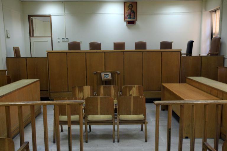 Υπό σκέψη η δυνατότητα διαπραγμάτευσης ποινών εκτός δικαστηρίου | tanea.gr