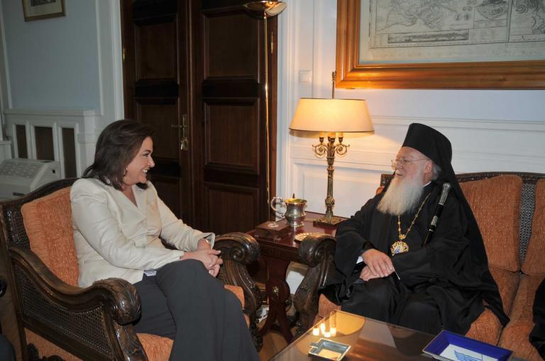 Μπακογιάννη: «Η επαναλειτουργία της Θεολογικής Σχολής της Χάλκης είναι οικουμενικό θέμα»   tanea.gr