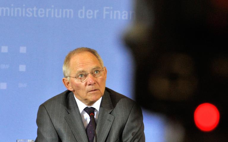 Σόιμπλε: «Τα ευρωομόλογα θα μείωναν τα κίνητρα των χωρών για μεταρρυθμίσεις»   tanea.gr